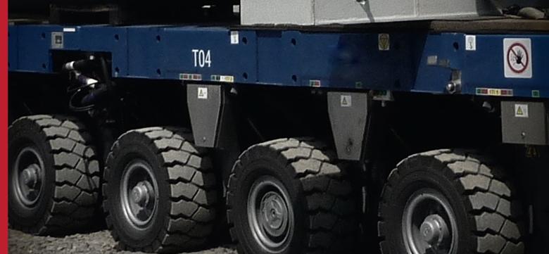 Heavy oversize transport - SPMT (self propelled modular system)